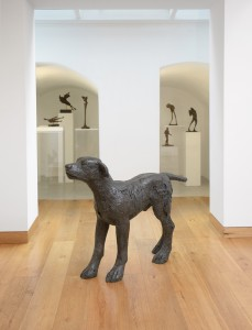 Large Dog (1986), Bronze, Edition 1 of 6, H90.2 x W119.4cm