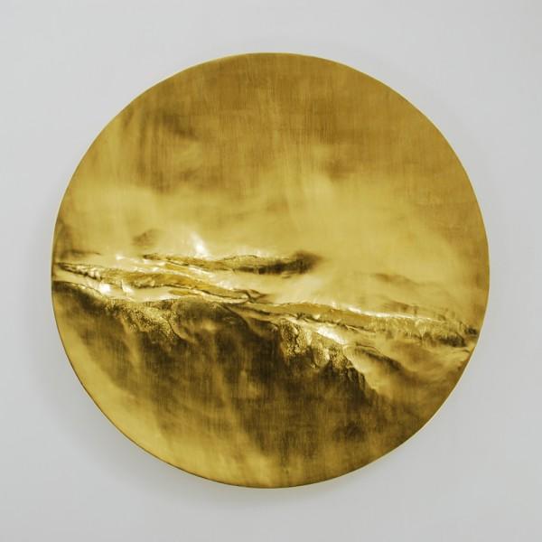 Cirrus II (2014), 22ct Gold Leaf on Carved Wood, 112cm